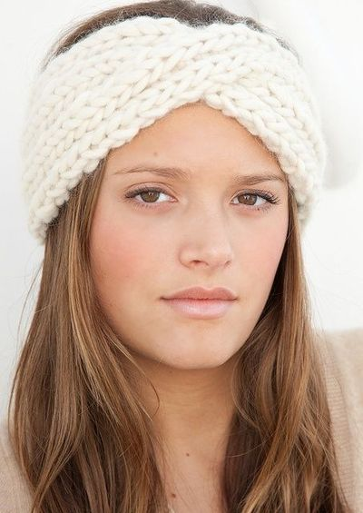 Twisted Headband Knit Pattern : Twisted Knitted Headband. Link: http://www.ravelry.com/patte... / knits and k...