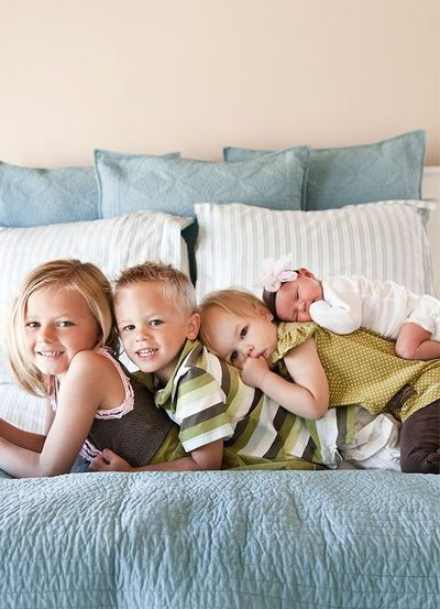 sibling photos, no way I could get my kids still enough for this