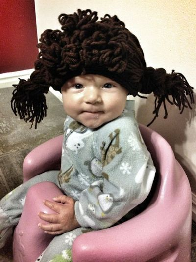 oh my! Cabbage Patch Doll Wig. No crocheting needed! I HAVE to make one of these