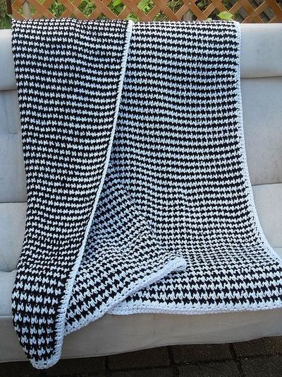 Free Crochet Pattern Houndstooth Hat : Crochet Houndstooth Pattern images