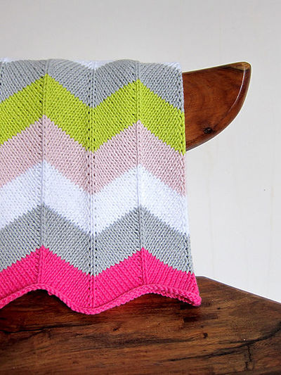 knitted chevron blanket - pattern by Espace Tricot / knits and kits - Juxtapost