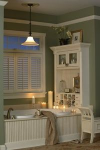Built-ins instead of a wasted blank wall. I want to do this!!