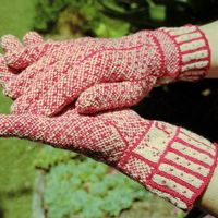 Ravelry: magentaheadrest's Jo's fair isle gloves