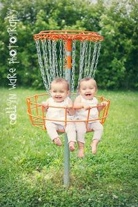 cute baby picture idea / baby photography idea
