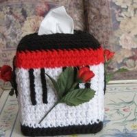 Crochet Musical Roses Tissue Box