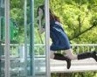 "Yowayowa Camera Woman: photographer Natsumi Hayashi takes photos of herself ""levitating"" in different situations. Been following her blog for some time now; her photos never fail to cheer me up. :)"