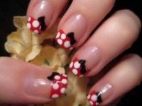 minnie mouse nails - wear this for the disney run :)