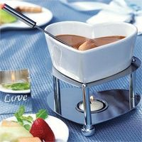 Heart-shaped chocolate fondue sets for the tables