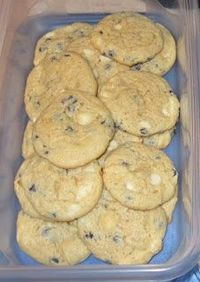 Blueberry Cheesecake Cookies - Oh, my goodness!!! poster says -These are SO easy and they sound SO good!!! Can't wait to try!!!