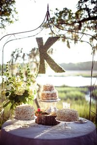 cake buffet! | Hunter McRae #wedding