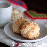 I have a good coconut macaroon recipe, but this one looks like it might replace it!