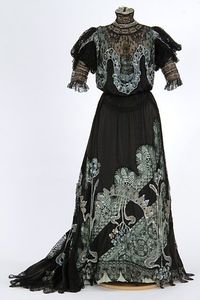 Sequined black satin and lace evening gown 1900-1909