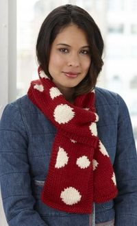 Jump on the polka dot trend and get a head start on fall crafting with this great knit Dotty Scarf!
