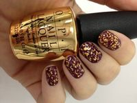 OPI The Man With The Golden Gun.... I WANT!!!!