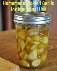 How to Make Pickled Garlic for Medicinal Use