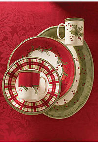 Love these Christmas dishes!