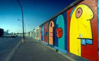 Thierry Noir: The Berlin Wall speaks ...