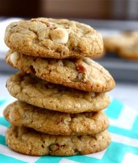 White Chocolate Pretzel Pecan Cookies | Buttercreamblondie.com