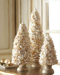 Little Christmas trees made from shells / beach decor