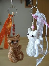 Free Knitting Patterns For Keyrings : Cat keychain ? Free Crochet Pattern ?. / crochet ideas and tips - Juxtapost